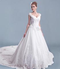 新品上市婚纱礼服